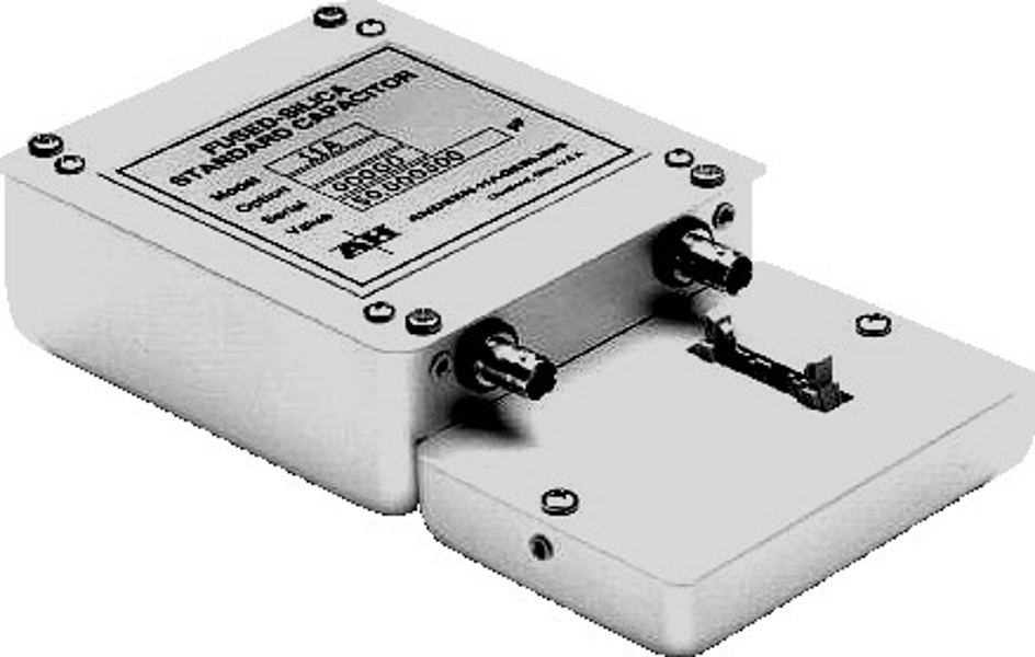 Andeen-Hagerling AH 11A fused-silica capacitance standards