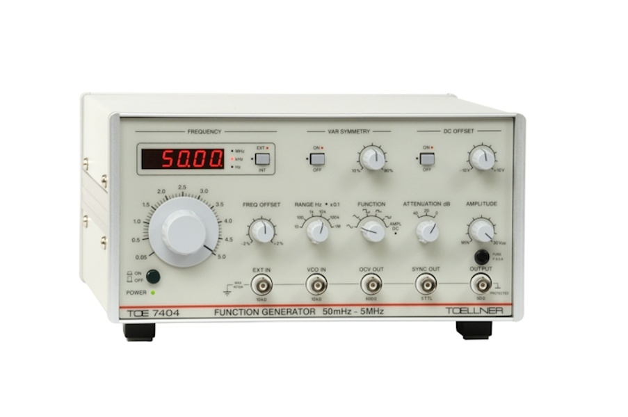 Toellner TOE 7402 Function generator with integral feedback voltage protection 0.5 Hz to 5 MHz